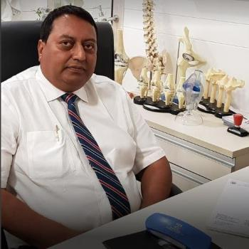 Knee Replacement Surgeon Delhi in New Delhi