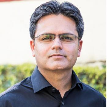Dr Amod Manocha in New delhi