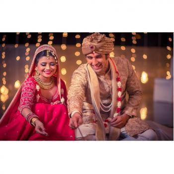Marry Graphers in noida