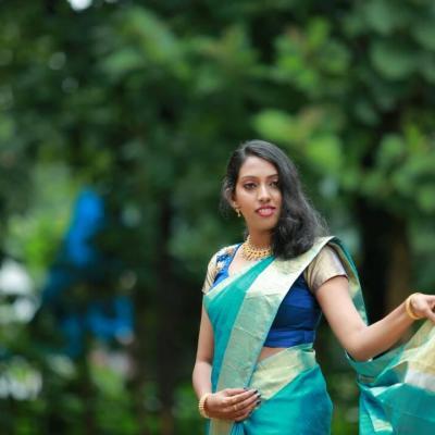 Ashna Herbal Beauty Parlour