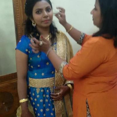 Cute Beauty Parlour