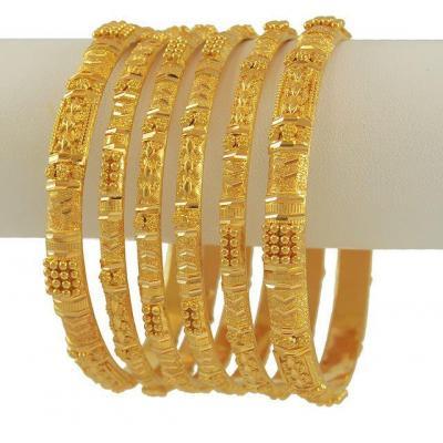 Bangles at J J Gold in Kothamangalam