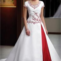 Wedding Frock at Bhavana Wedding Centre in Chalakudy