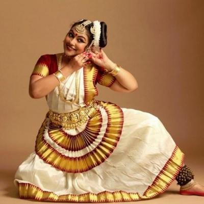 Mohiniyattam Costumes at Prayaag Dance Collection in Kothamangalam