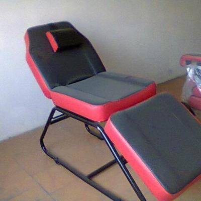 Chairs at Suryanz Beauty Destination in Muvattupuzha