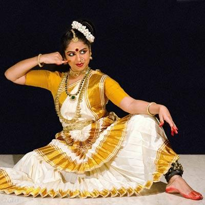 Mohiniyattam Costumes at Fine choice & Dance Collection in Chalakudy