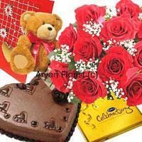 Flower Gift Lovers at Aryan Florist in Delhi